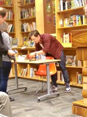 Pierce Brown, beginning to sign books
